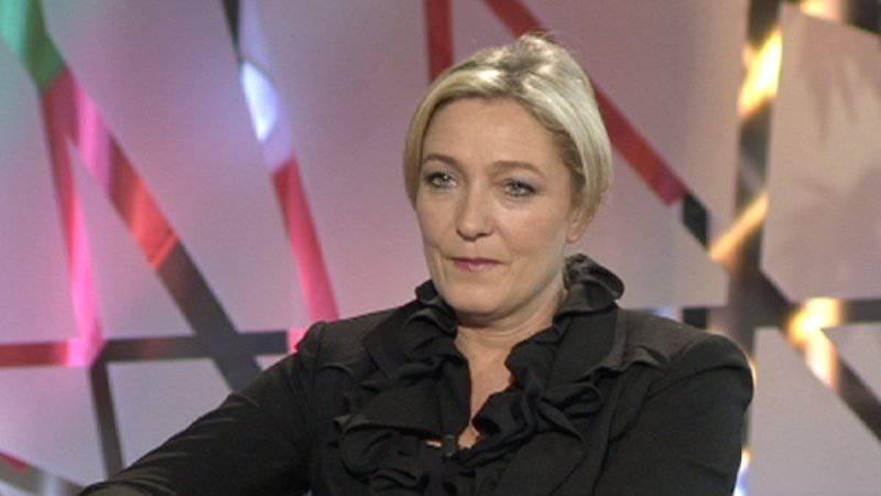 Ле Пен: Олланд не сможет вернуть доверие французов