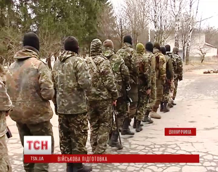 ウクライナ国防省と「右セクター」は「普遍的」大隊を形成