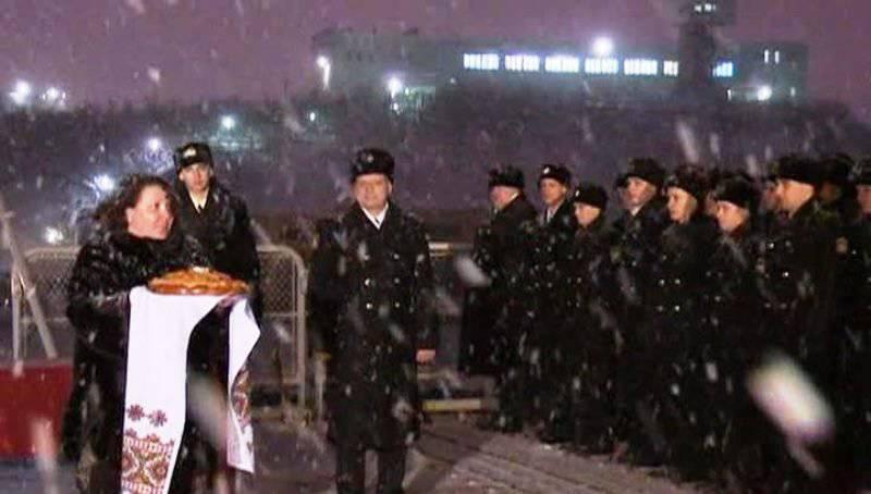 """""""वाइस एडमिरल कुलकोव"""" अभियान से लौटा, रूसी संघ के हालिया इतिहास में सबसे लंबा"""
