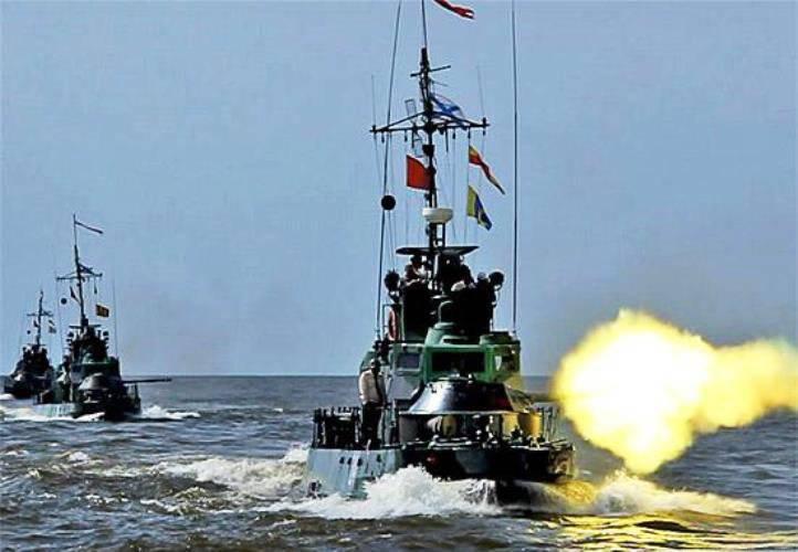 カスピ海小艦隊は、カスピ海の州の三者体操に参加するでしょう