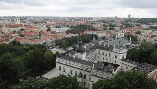 लिथुआनिया और जॉर्जिया रूसी टीवी चैनलों के प्रसारण पर प्रतिबंध लगाना चाहते हैं