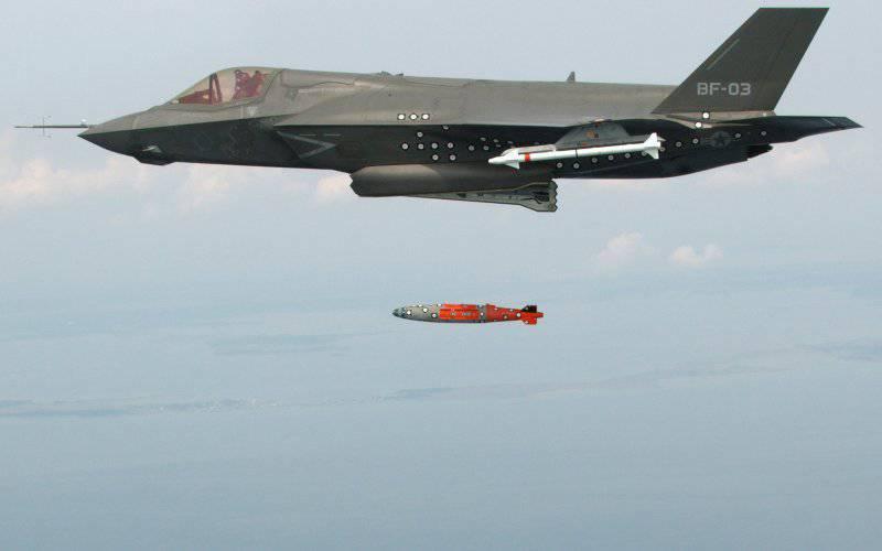 最新のアメリカの戦闘機は、すでに10年(「The Daily Beast」、アメリカ)によって時代遅れです。