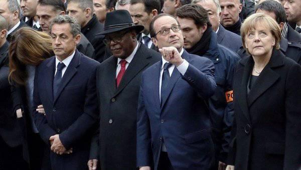 पेरिस में आतंकवादी हमलों के पीड़ितों की याद में मार्च में एक लाख से अधिक लोगों ने मार्च किया