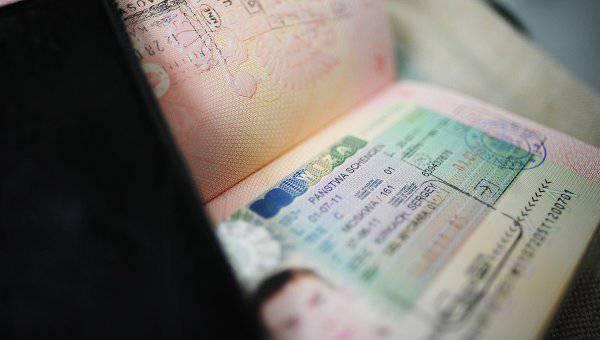 स्पेन शेंगेन देशों के बीच सीमा नियंत्रण का प्रस्ताव करता है