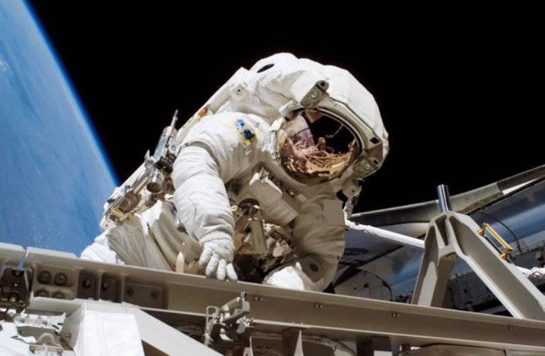 ロスコスモスは今後10年間軌道周回ステーションを建設しない