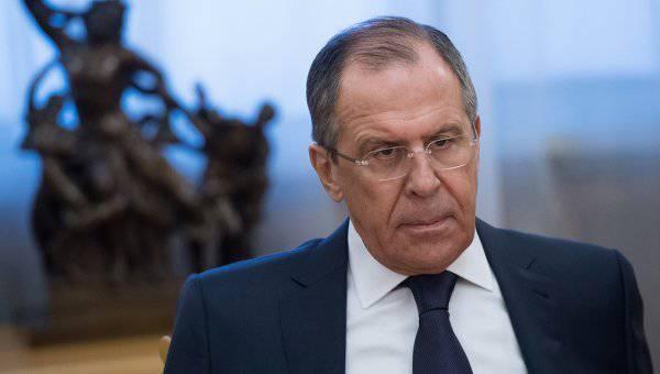 सर्गेई लावरोव: पश्चिम ने यूक्रेन में किसी भी आपात स्थिति में मिलिशिया और रूस पर आरोप लगाए