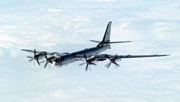 ロシアの戦略爆撃機は北大西洋の海域を19時間飛行しました