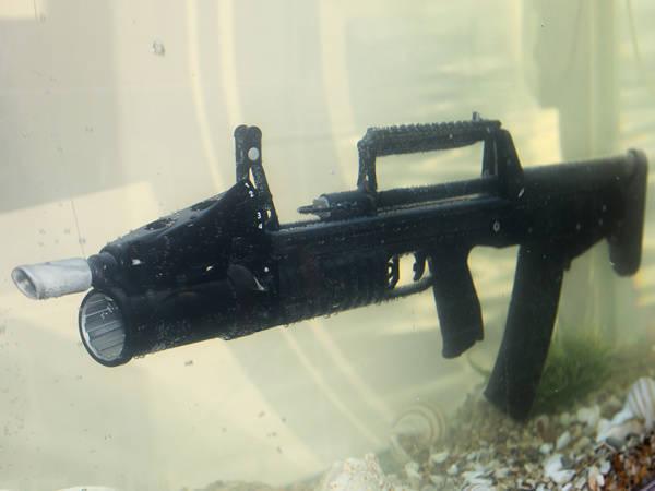Rusia en la exposición de armas y equipos IDEX-2015
