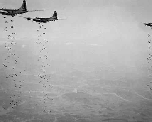"""II. Dünya Savaşı'nın """"halı bombalaması"""" düelloları"""