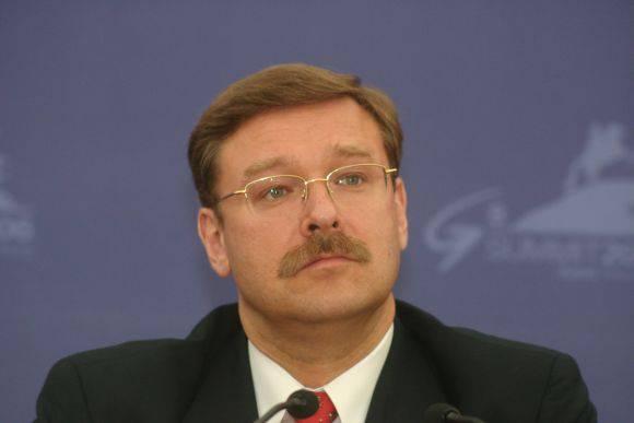 상원 국제 문제위원회 (Konstantin Kosachev)의 상임 위원장은 러시아가 DNI와 LC의 독립성을 인정할 수 있다고 생각한다.