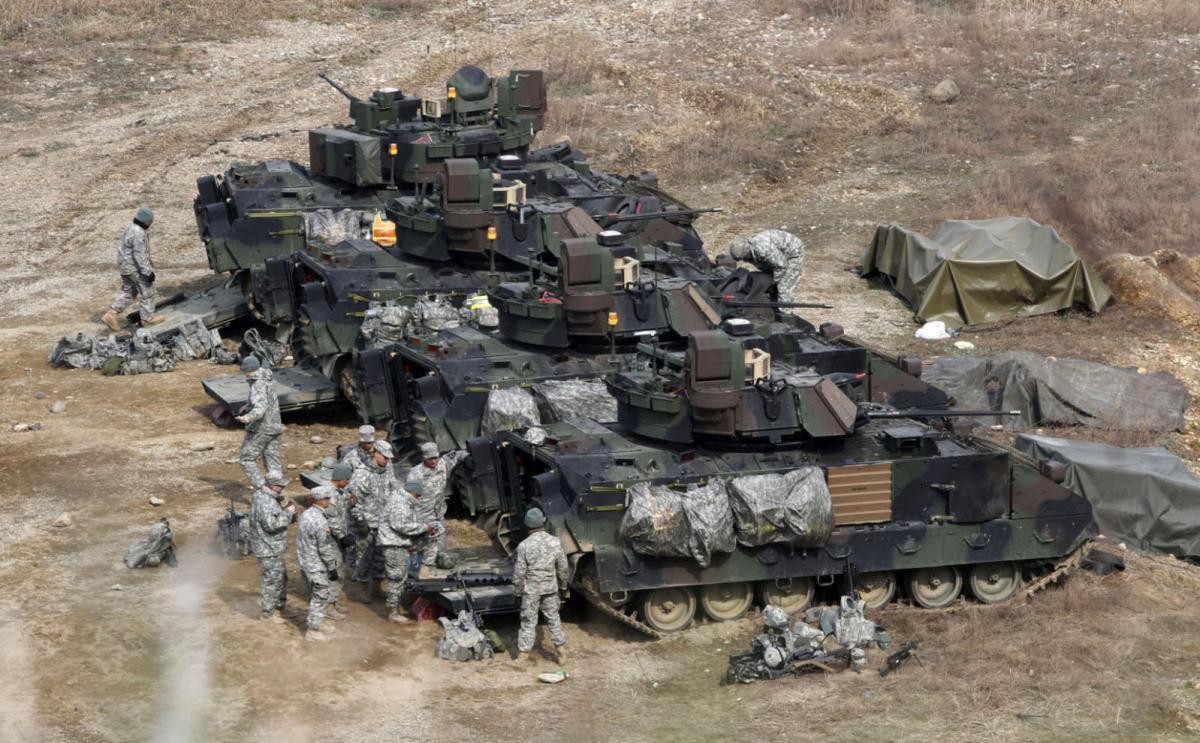 Вооруженные силы США краткий обзор Военное обозрение В результате в различных рейтингах вооруженные силы США регулярно занимают первое место Рассмотрим основные особенности американской армии