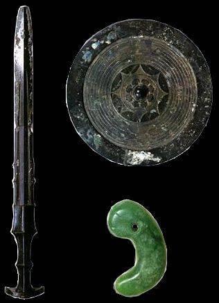 Копьё, меч и древние японские герои