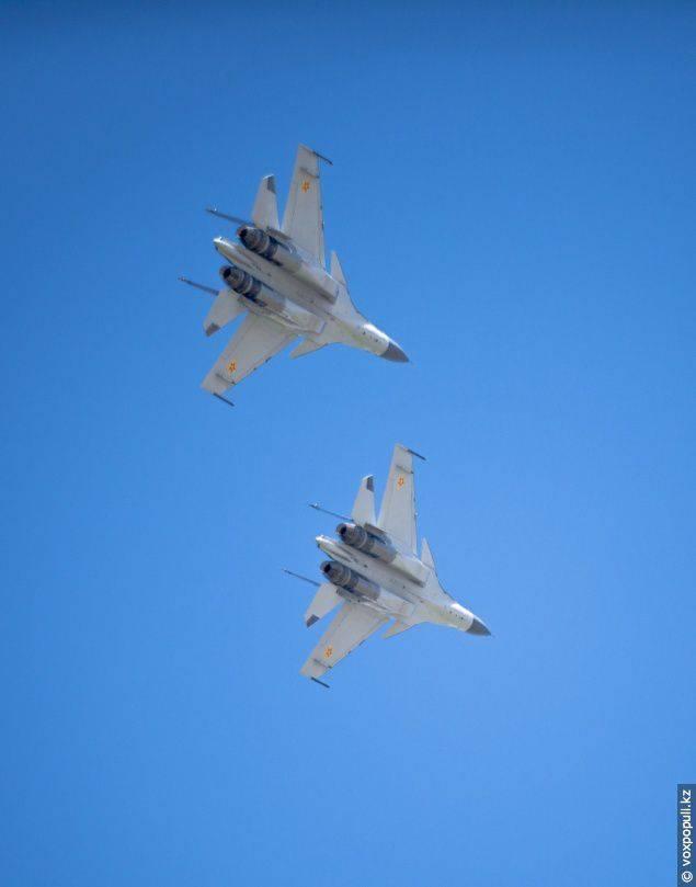 Su-30M chegou ao Cazaquistão!
