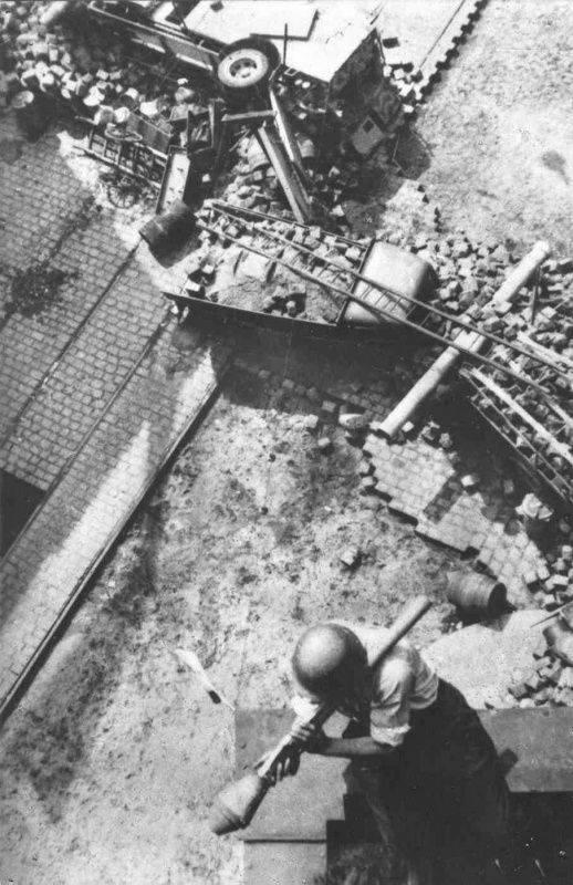 Die Rote Armee rettete die Hauptstadt der Tschechoslowakei vor der Zerstörung