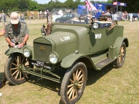 प्रथम विश्व युद्ध के ट्रक। ग्रेट ब्रिटेन