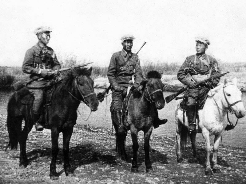 Hilf den Steppen. Mongolen sind treue Verbündete der UdSSR im Großen Vaterländischen Krieg
