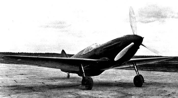 모순 된 LaGG-3