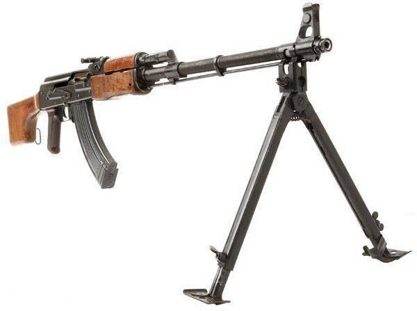 Ручной пулемет РПК-74 и его модификации