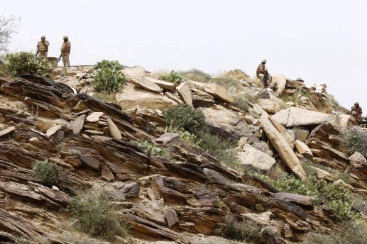 分離主義者グループがサウジアラビア南部の軍事基地を占領