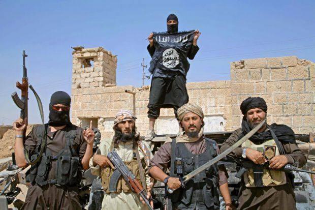 Картинки по запросу Западные инструкторы в ИГИЛ