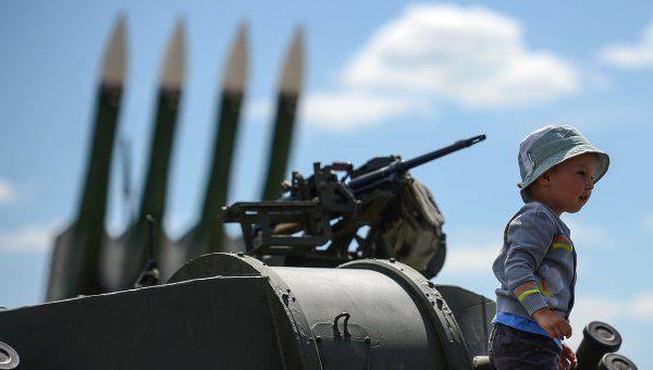 ビジネスインサイダー:ロシアの軍事装備がNATO装備と首尾よく競合