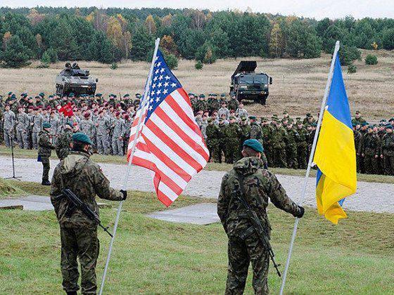 Kiev quer que os EUA treinem não apenas a guarda nacional, mas o exército regular