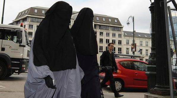 ISIS過激派のランクへの採用の原則について