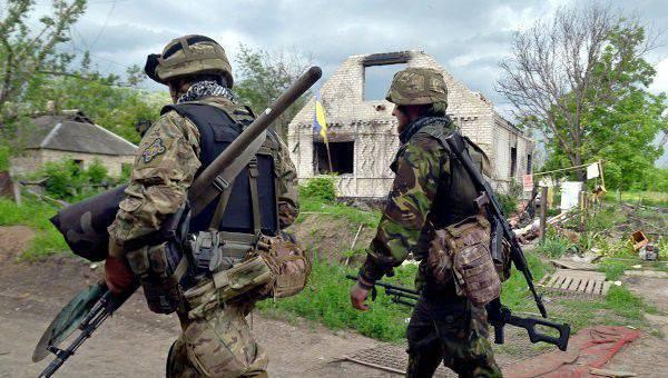 フランスの解説者:もう1年、そしてPoroshenkoの軍隊は存在しなくなるでしょう