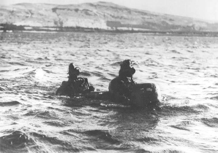 Chariot 가족 (영국)의 인간 통제 어뢰