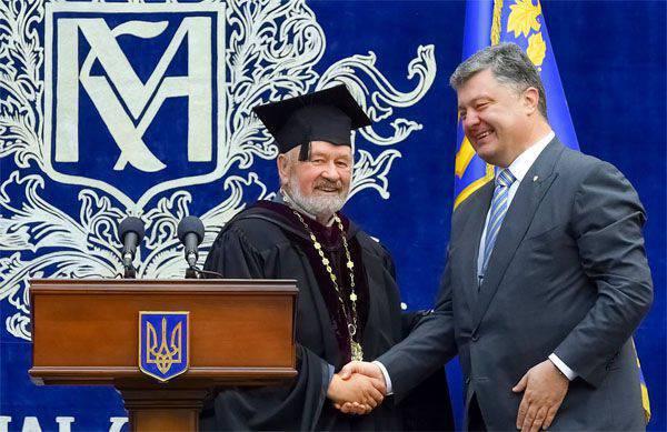 """Poroshenko """"contou"""" já 200 de milhares de soldados russos na Ucrânia"""