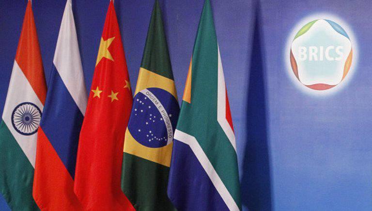 Os países do BRICS não abandonaram a idéia de comercializar entre si em moedas nacionais
