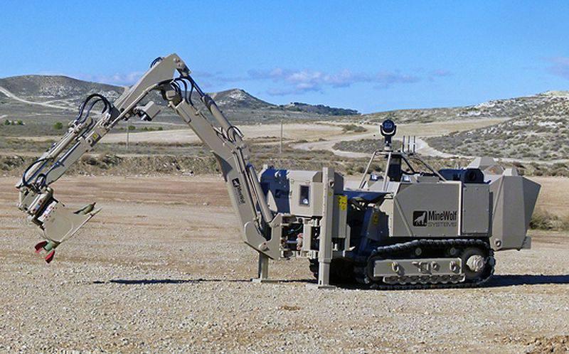 Mini MineWolf Remote Control Demining Machine (MW240)