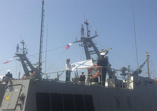 Três novos projetos de embarcações de desembarque 21820 se juntaram à frota