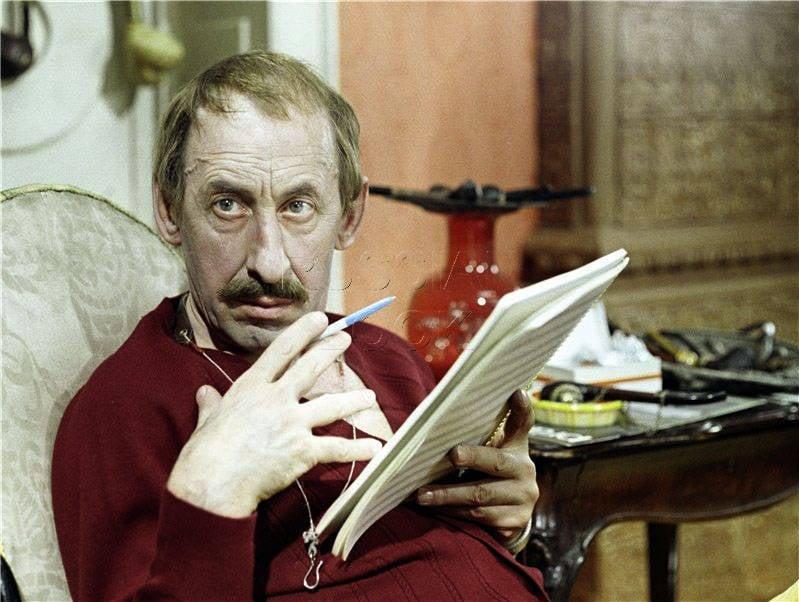O gênio dos pequenos papéis. Vladimir Pavlovich Basov
