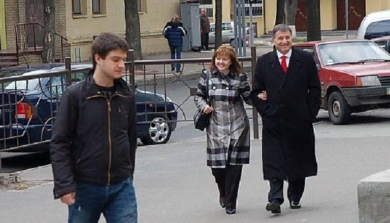 """À Kiev, l'enquête sur les """"sacs à dos Avakovskikh"""" a été ouverte"""