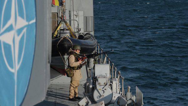 Dans la mer Noire seront organisés des exercices avec la participation des navires de l'aviation et de l'OTAN