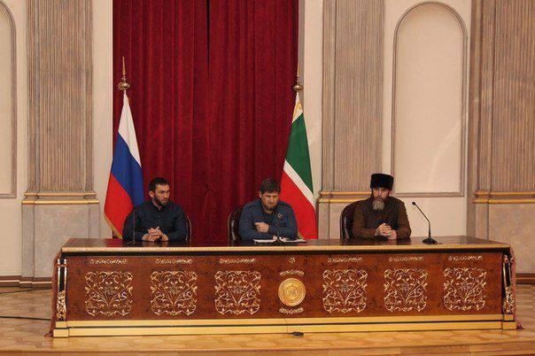Ramzan Kadyrov disse que o líder do ISIS, Al-Baghdadi, foi recrutado pelo general americano Petraeus no Iraque