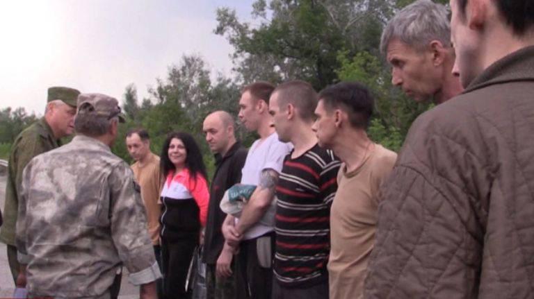 Sous Lugansk, un échange de prisonniers de guerre