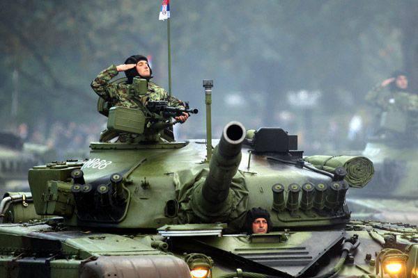 """Sérvia apresentou o projeto do """"tanque do futuro"""" - um análogo do russo T-14 """"Armata"""""""