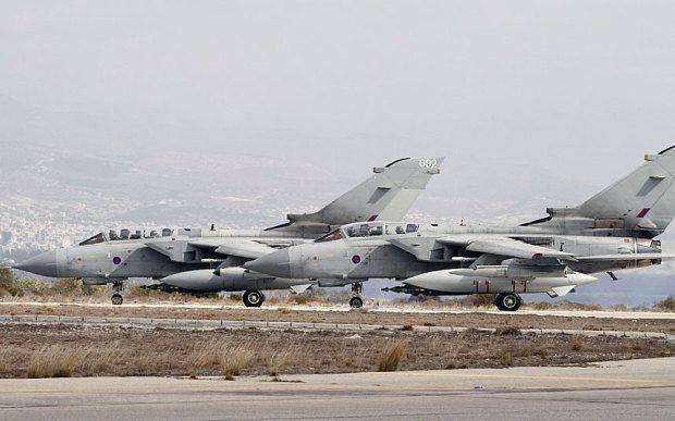 """A aeronave da Força Aérea Britânica """"perdeu"""" mísseis enquanto pousava na base aérea de Akrotiri, em Chipre"""