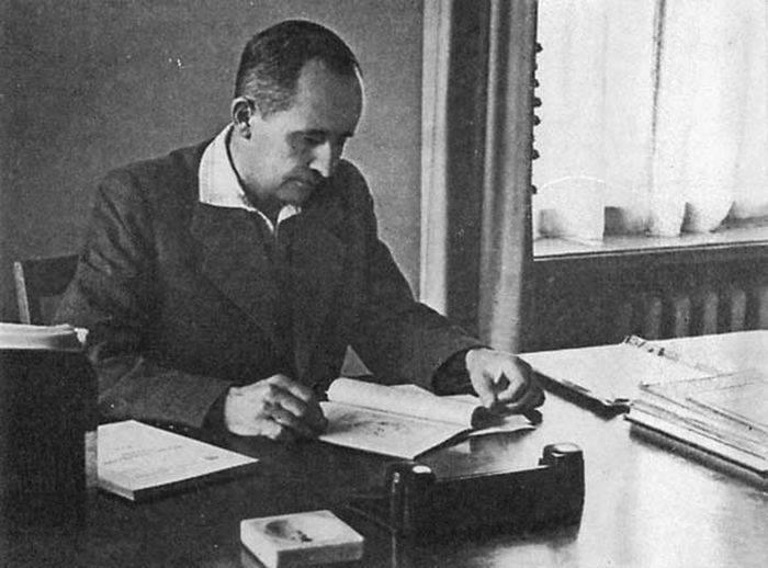 Le concepteur aéronautique Pavel Osipovich Sukhoi est né il y a quelques années à 120