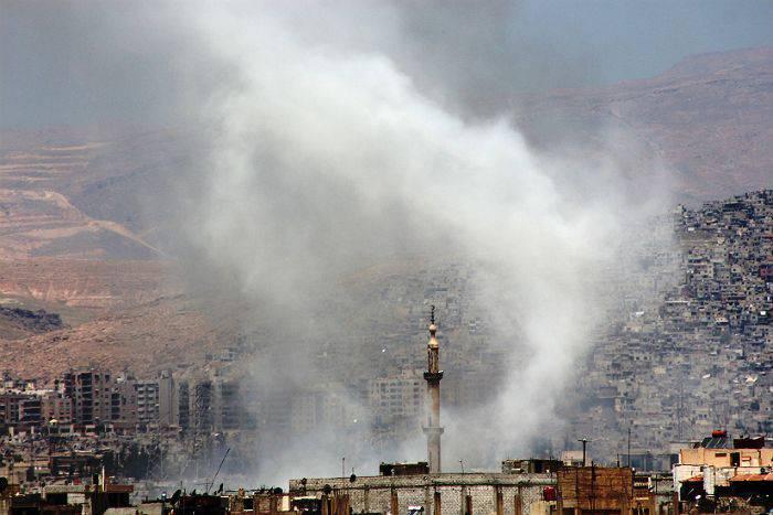 터키와 미국은 시리아 북부에 이슬람 교도가없는 완충 지대를 만드는 데 동의했다.