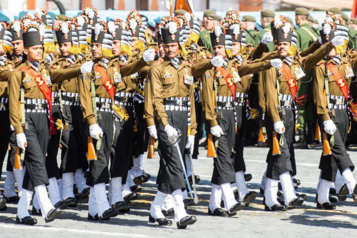 南部軍事地区の電動ライフルユニットは合同演習のためにインドに送られます