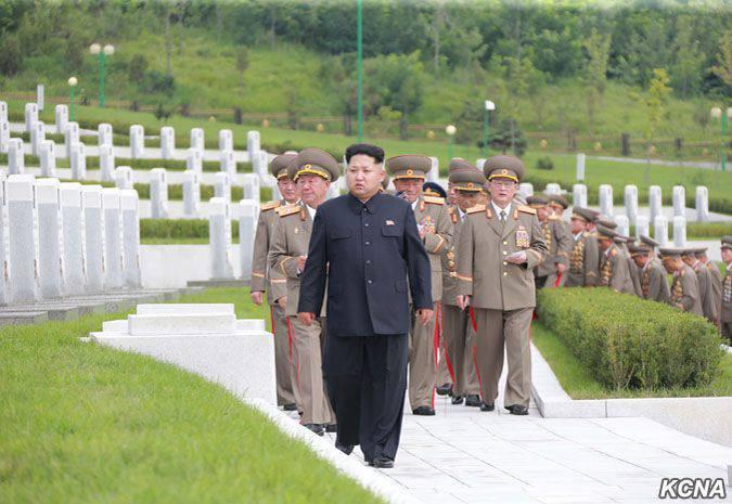 """조선 민주주의 인민 공화국 수장은 이번 훈련이 """"미 제국주의와 한국의 인형 전쟁""""을 준비하는 데 도움이 될 것이라고 말했다."""