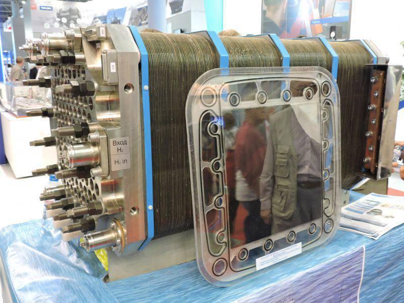 Batterie für Festpolymer-Brennstoffzellen BTE-50®. Illustration: Leonid Nersisyan