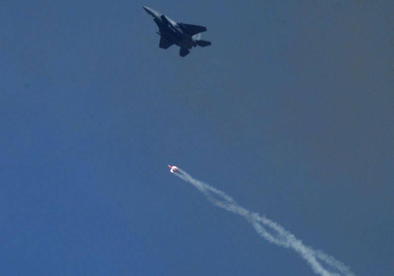 В США начаты испытания термоядерной тактической авиабомбы B61-12
