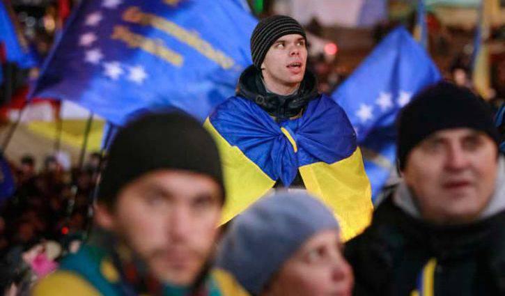 Maidan Kahramanları Ukrayna'dan Koşuyor