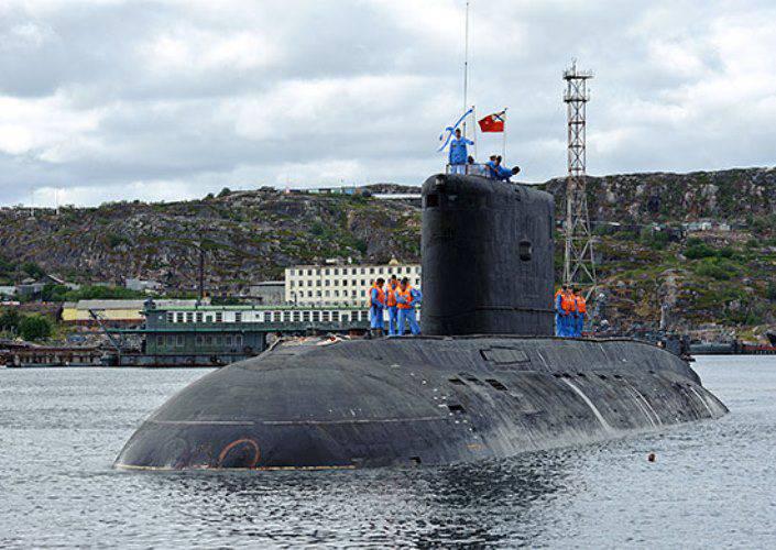 """Les sous-marins diesel """"Vladikavkaz"""" sont venus à l'essai après la réparation"""
