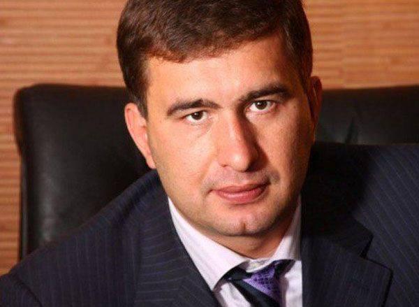 아자 로프 (Azarov)는 인터폴 (Interpol)이 이탈리아의 전범 인 베르 코브 나 라다 (Perkovna Rada)의 이고르 마르코프 (Igor Markov)