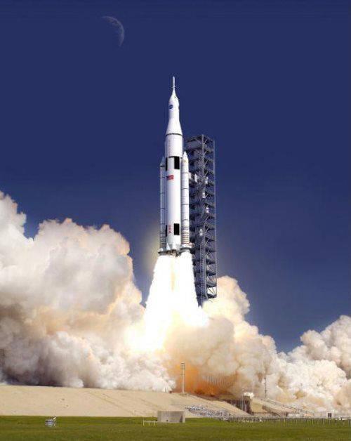 NASA, güncellenmiş roket motorunu başarıyla test etti